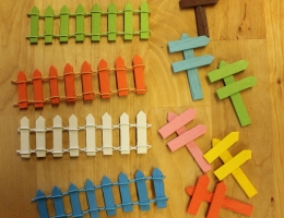 Fairy fences and signpost. Various colours - Price 75c each