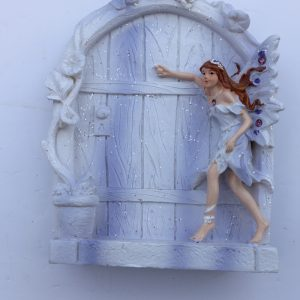 fairy-with-lilac-doorjpg