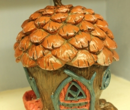 Fiddlehead Pinecone cottage
