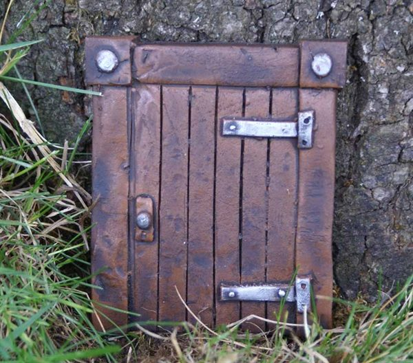 fairy door brown square